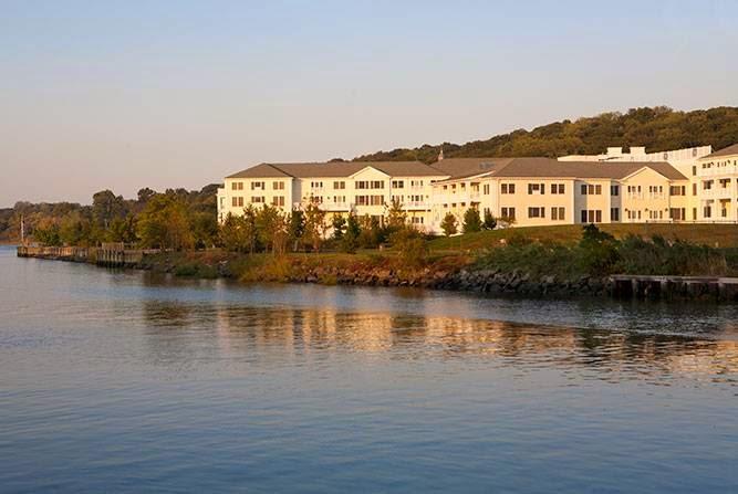 Atria on Roslyn Harbor - health  | Photo 8 of 10 | Address: 100 Landing Rd, Roslyn, NY 11576, USA | Phone: (516) 858-3207