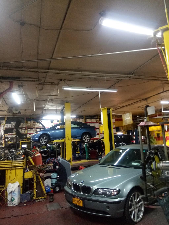 Bronx Discount Muffler Center - car repair    Photo 10 of 10   Address: 501 Bruckner Blvd, Bronx, NY 10455, USA   Phone: (718) 402-4422