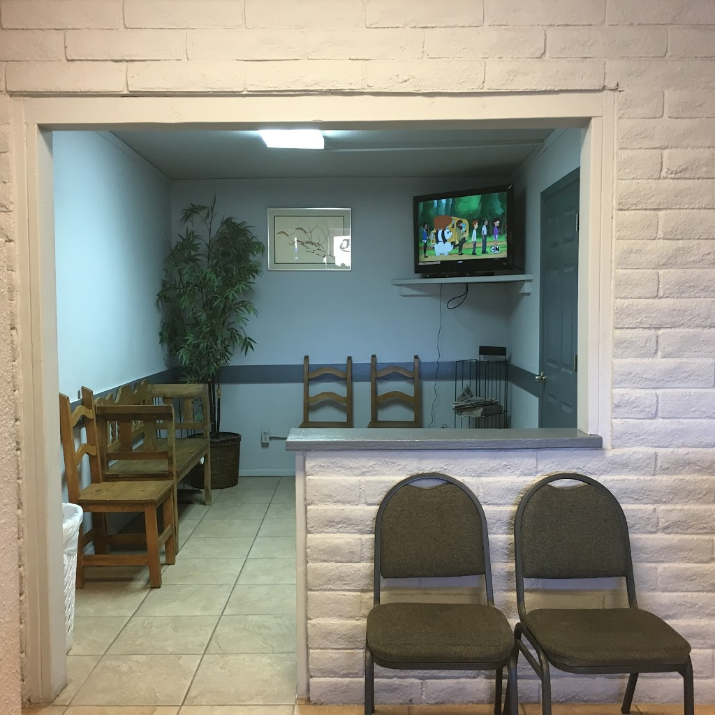 Northern Coin Laundry - laundry  | Photo 7 of 10 | Address: 3025 E Northern Ave, Kingman, AZ 86409, USA | Phone: (928) 757-5252