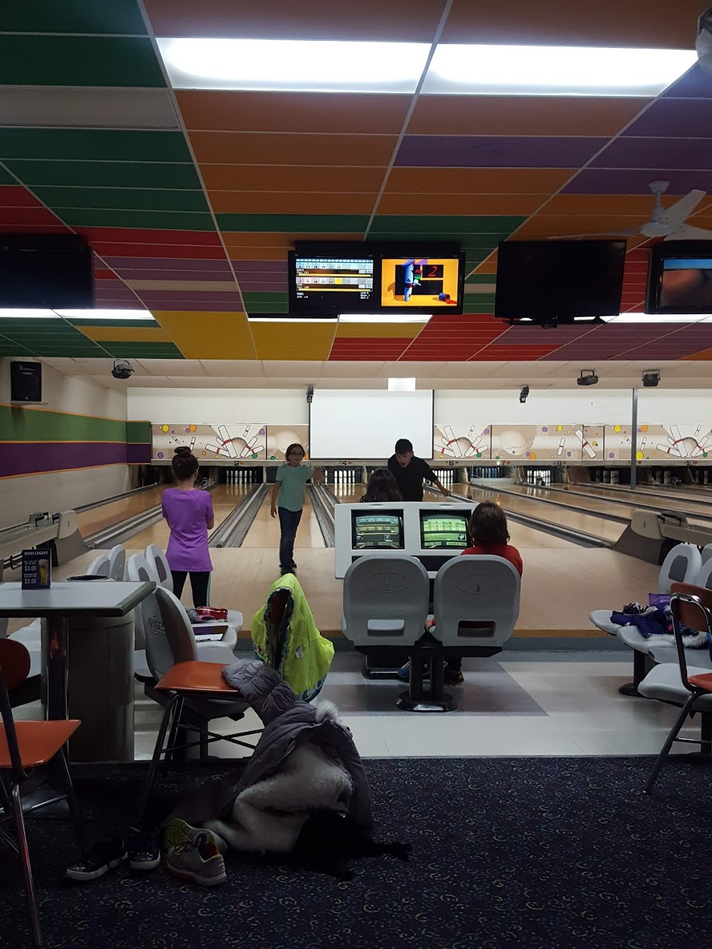 Bayberry Bowling Center - bowling alley  | Photo 3 of 10 | Address: 326 Main St, Spencer, MA 01562, USA | Phone: (508) 885-4876