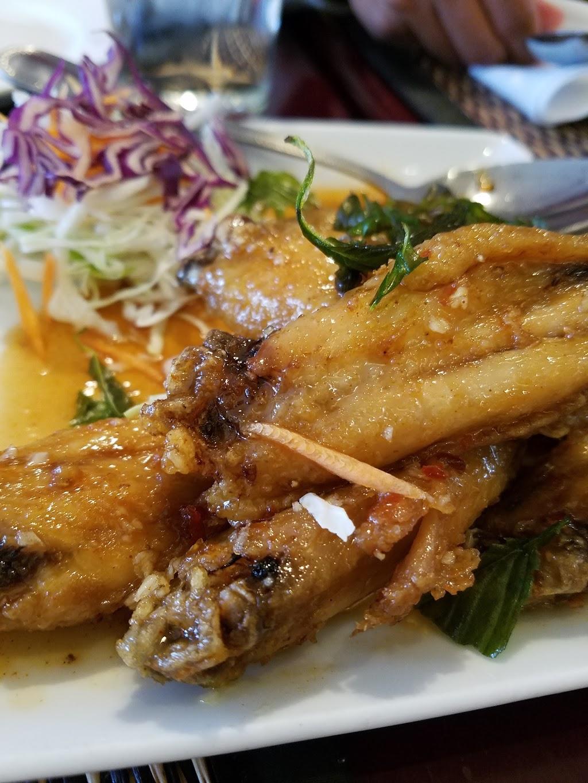 Vanida Thai Kitchen - restaurant  | Photo 7 of 10 | Address: 3050 Taraval, San Francisco, CA 94116, USA | Phone: (415) 564-6766