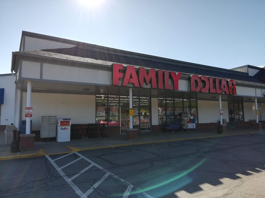 Family Dollar - clothing store  | Photo 1 of 6 | Address: 9 Commons Dr, Cooperstown, NY 13326, USA | Phone: (607) 547-5531