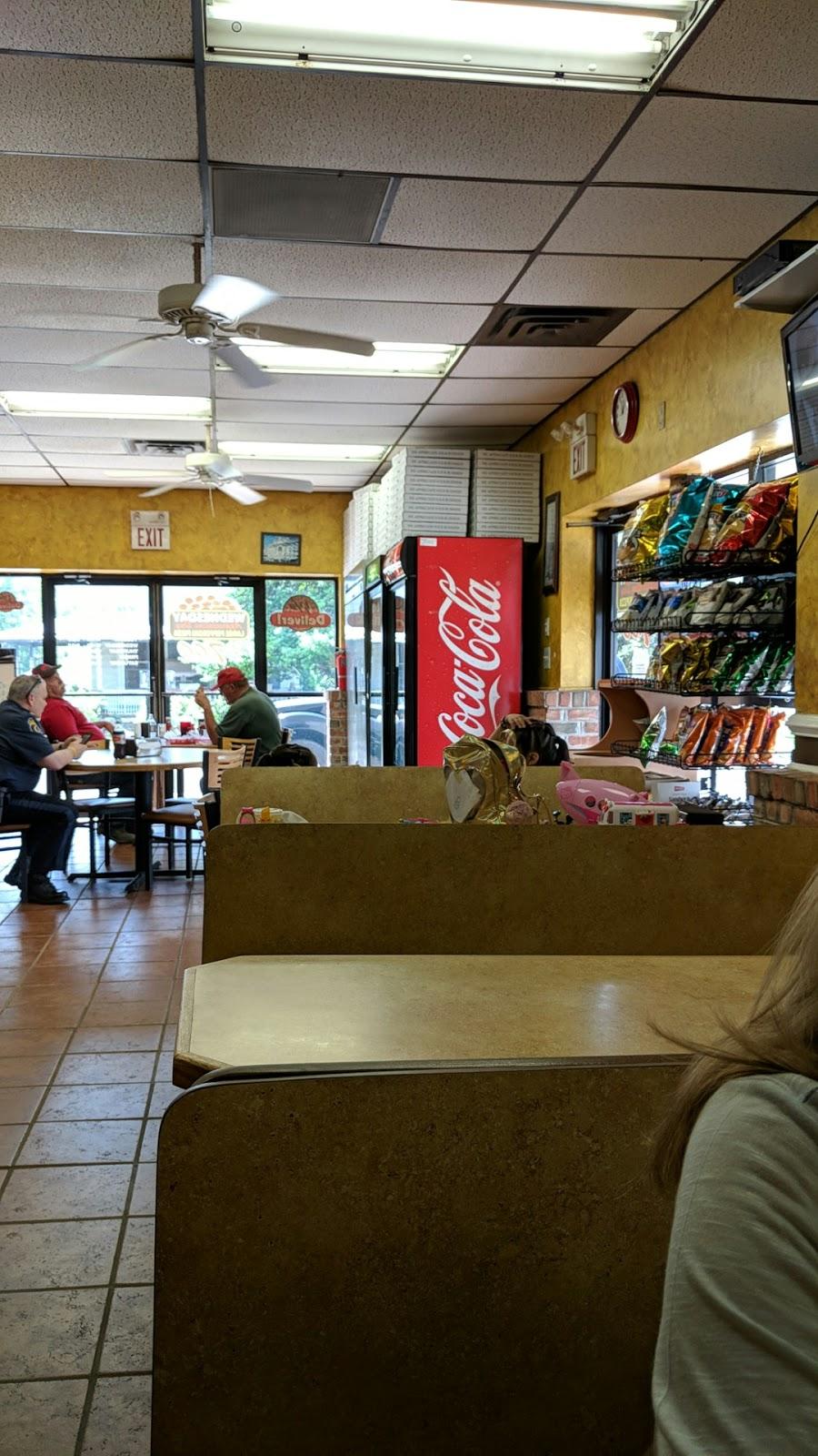 La Matesina Pizza Pasta - restaurant  | Photo 1 of 10 | Address: 504 5th St, Delaware City, DE 19706, USA | Phone: (302) 836-1855