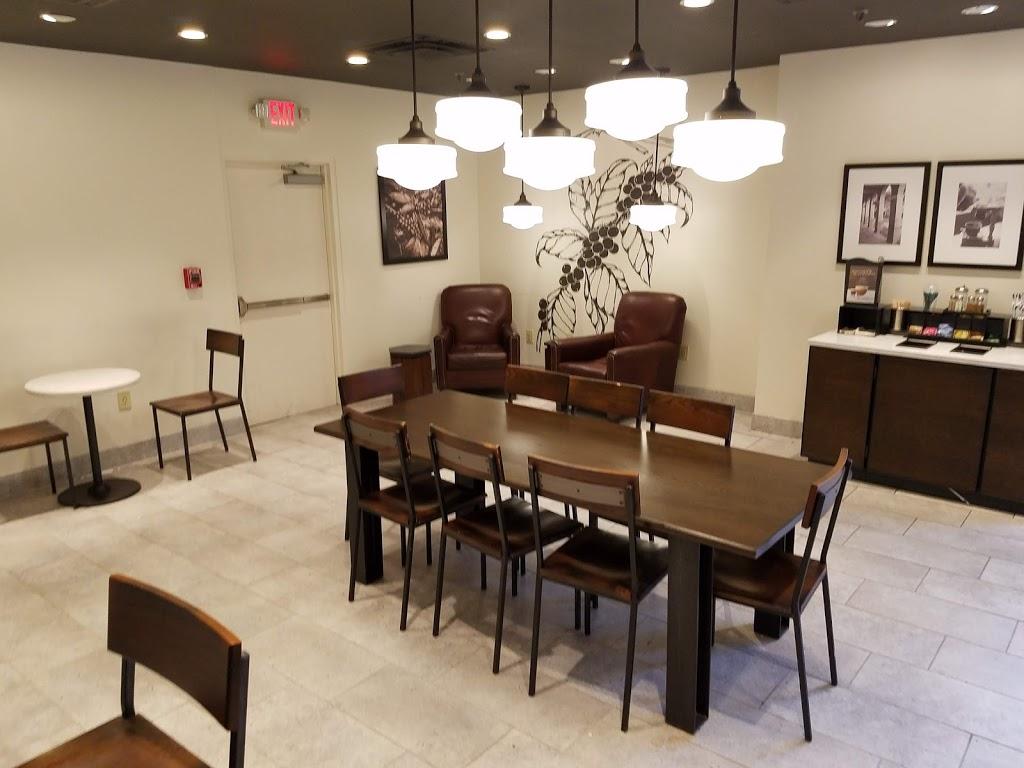 Starbucks - cafe  | Photo 7 of 10 | Address: 1480 Crystal Dr, Arlington, VA 22202, USA | Phone: (703) 416-1600
