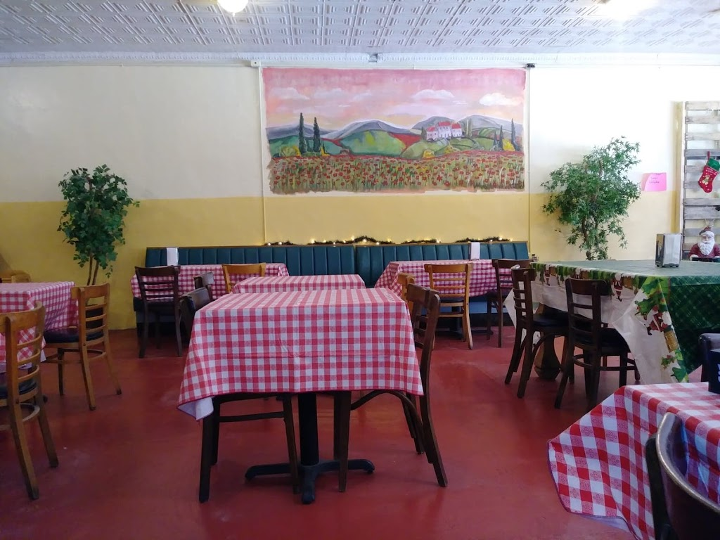 Christoval Pizza - restaurant  | Photo 8 of 10 | Address: 19955 Main St, Christoval, TX 76935, USA | Phone: (325) 939-9695