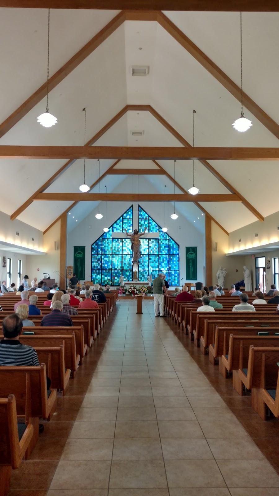 Mary Help Of Christians Catholic Chapel - church  | Photo 1 of 10 | Address: 174 Filors Ln, Stony Point, NY 10980, USA | Phone: (845) 947-2200