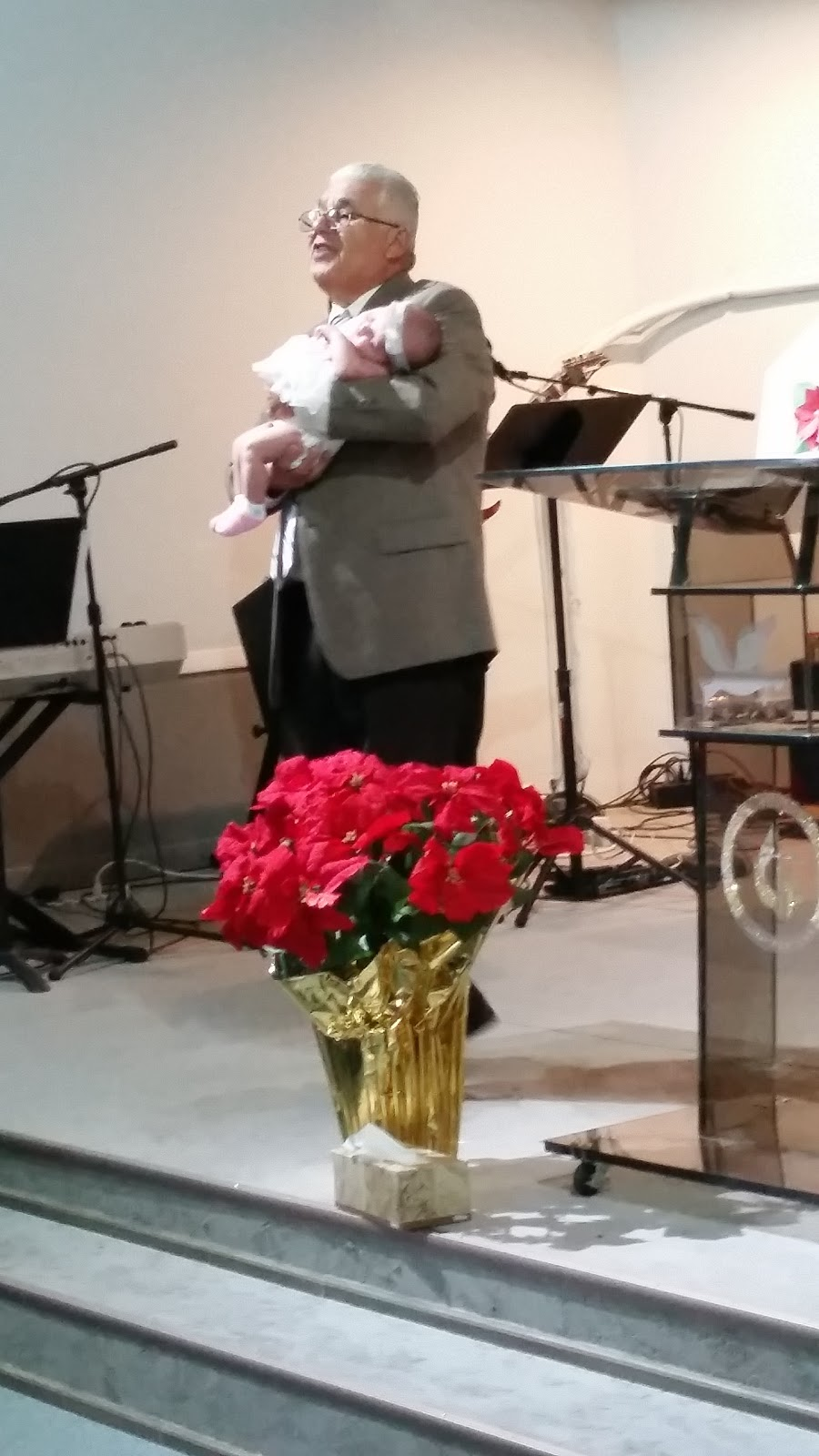 Grace Community Ministries - church  | Photo 1 of 2 | Address: 275 Skyline Dr, Carpentersville, IL 60110, USA | Phone: (224) 629-7885