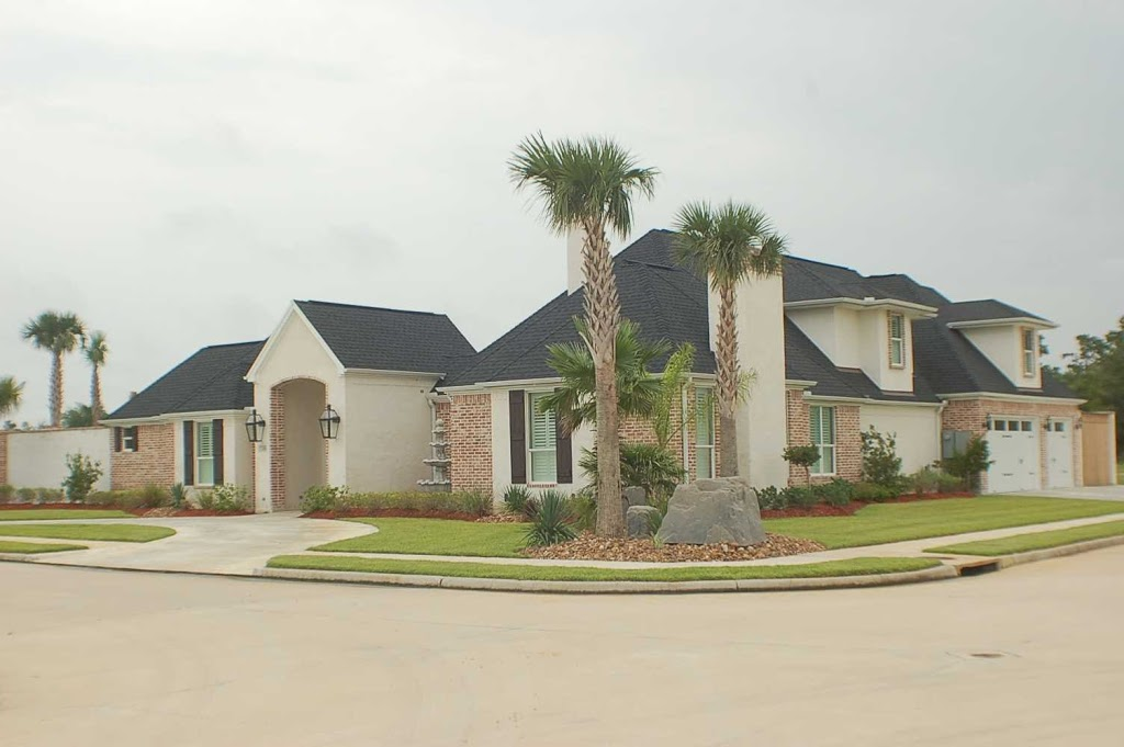King Homes, Inc. - home goods store    Photo 3 of 10   Address: 1465 Highway 96 S, Lumberton, TX 77657, USA   Phone: (409) 751-0171