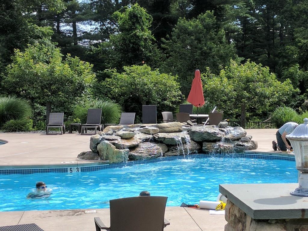 Woodfield Manor - lodging  | Photo 3 of 10 | Address: 472 Red Rock Rd, Cresco, PA 18326, USA | Phone: (570) 895-4401