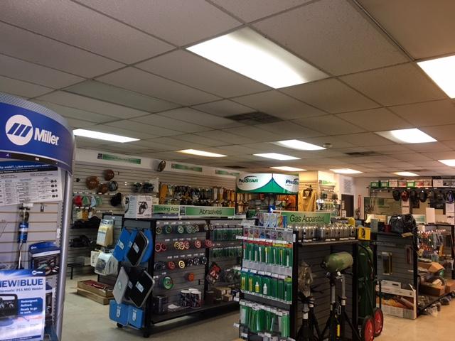 Praxair Welding Gas and Supply Store - store    Photo 1 of 5   Address: 500 W Harrington St Unit F, Corona, CA 92880, USA   Phone: (951) 736-8136