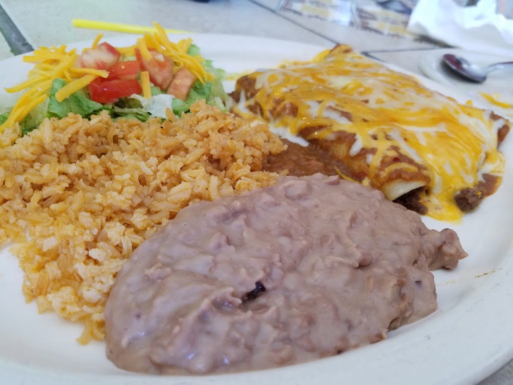 Julies Place - restaurant  | Photo 7 of 10 | Address: 612 W Military Hwy 90, Brackettville, TX 78832, USA | Phone: (830) 563-9511