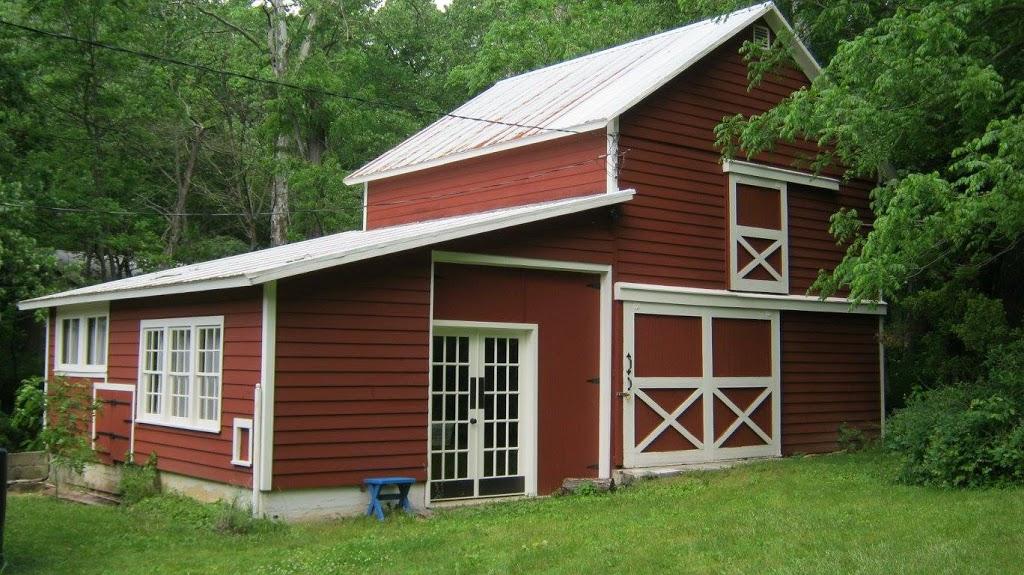 Saucony Book Shop - store  | Photo 1 of 6 | Address: 71 Mill Creek Rd, Kutztown, PA 19530, USA | Phone: (484) 646-9097