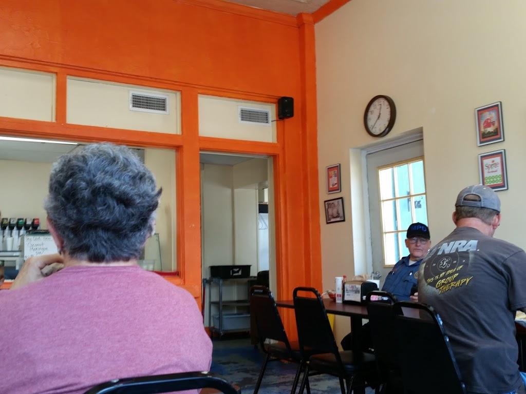 Gulf Station Cafe - cafe    Photo 10 of 10   Address: 1040 San Antonio Ave, Many, LA 71449, USA   Phone: (318) 273-2233