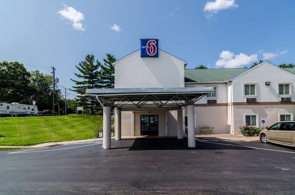Motel 6 Gordonville - lodging    Photo 5 of 10   Address: 2959 Lincoln Hwy E, Gordonville, PA 17529, USA   Phone: (717) 687-3880