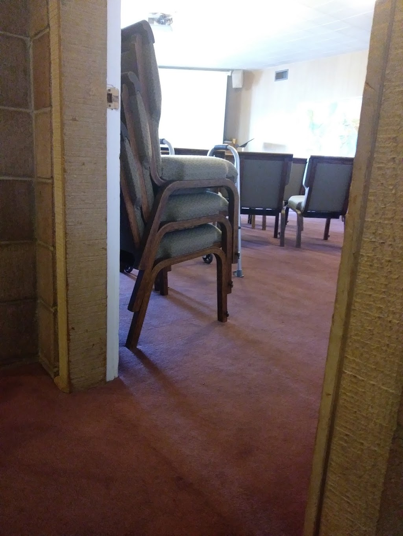 Fairhaven Bible Chapel - church  | Photo 4 of 7 | Address: 401 MacArthur Blvd, San Leandro, CA 94577, USA | Phone: (510) 568-2488