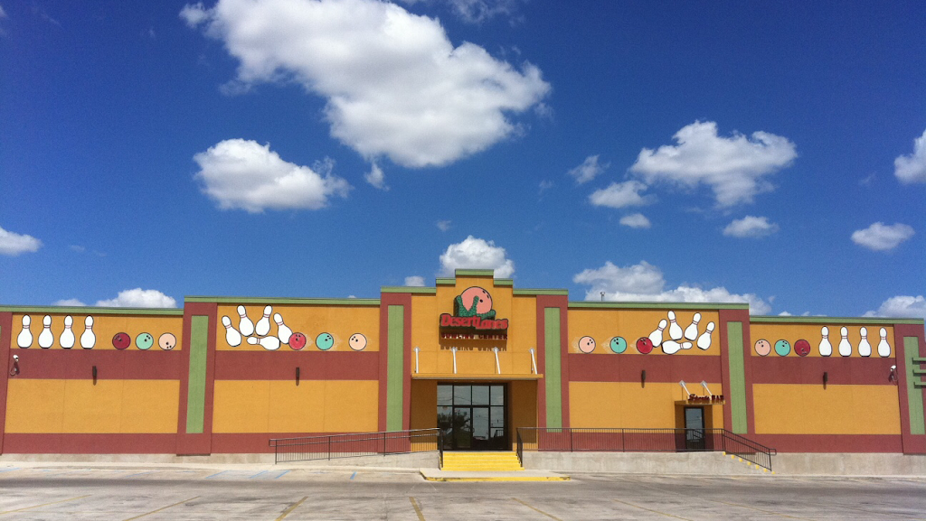 Desert Lanes - bowling alley  | Photo 1 of 10 | Address: 3515 El Indio Hwy, Eagle Pass, TX 78852, USA | Phone: (830) 757-8065