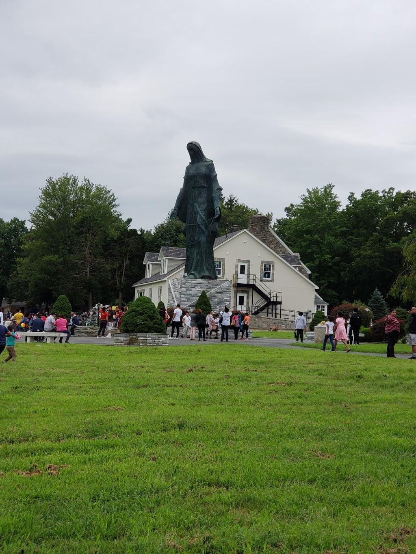 Mary Help Of Christians Catholic Chapel - church  | Photo 10 of 10 | Address: 174 Filors Ln, Stony Point, NY 10980, USA | Phone: (845) 947-2200