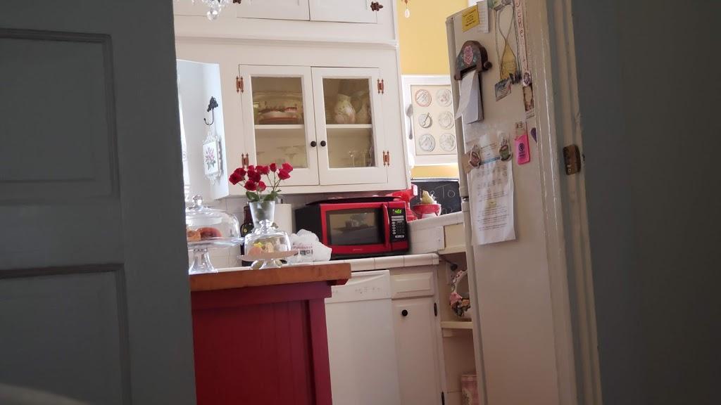 Timeless Serenity B & B - lodging    Photo 7 of 10   Address: 707 N Washington St, Victoria, TX 77901, USA   Phone: (361) 649-4097