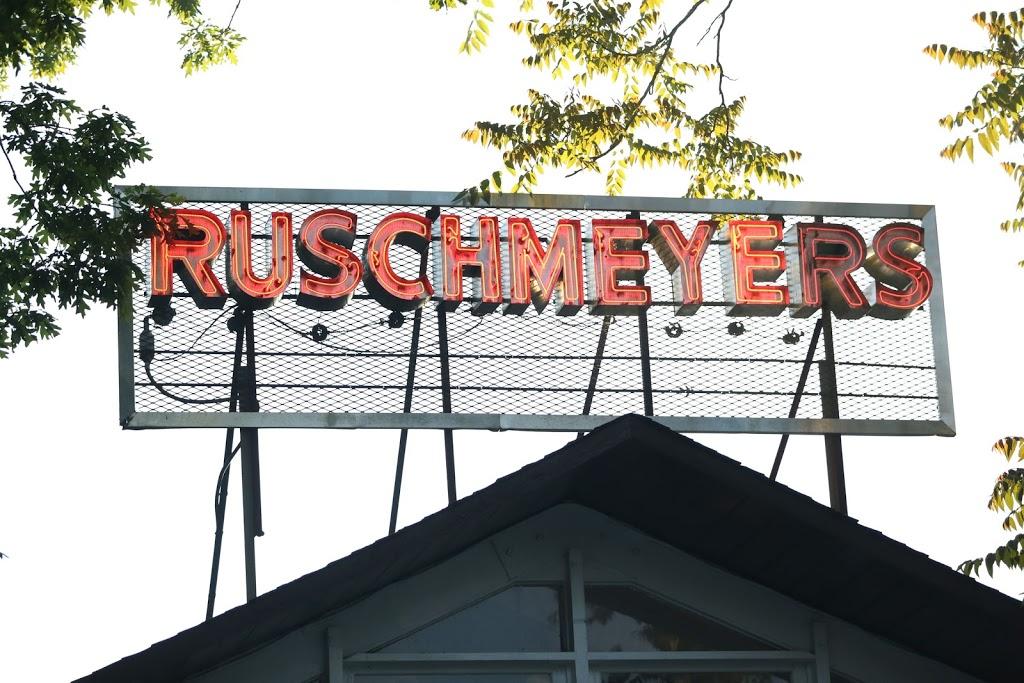 Ruschmeyers - lodging    Photo 5 of 10   Address: 161 2nd House Rd, Montauk, NY 11954, USA   Phone: (631) 668-2877