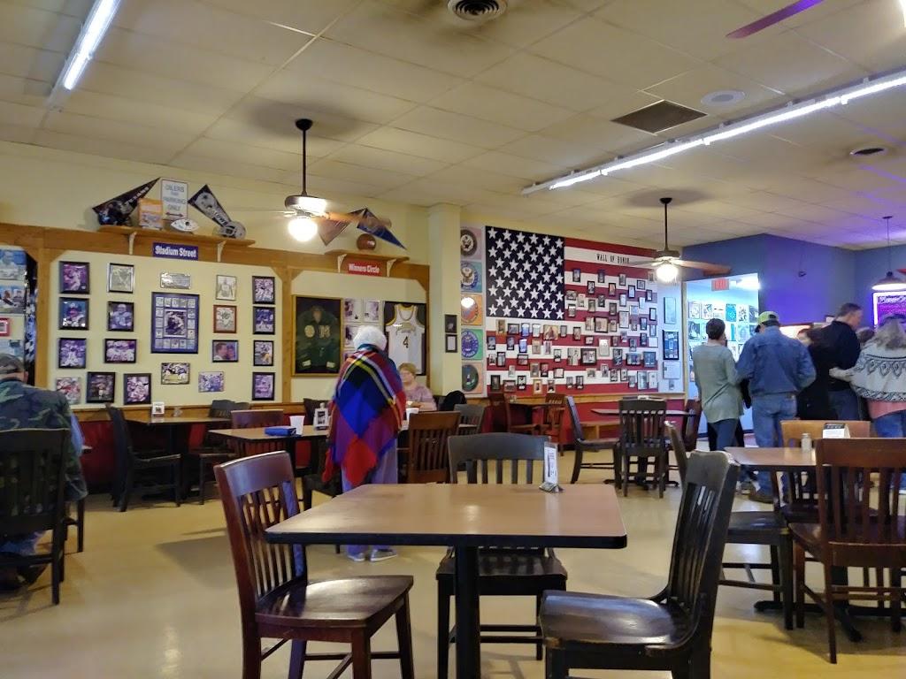 Legends Old Time Burger Cafe - restaurant  | Photo 1 of 10 | Address: 1630 S Jackson St, Jacksonville, TX 75766, USA | Phone: (903) 589-6704