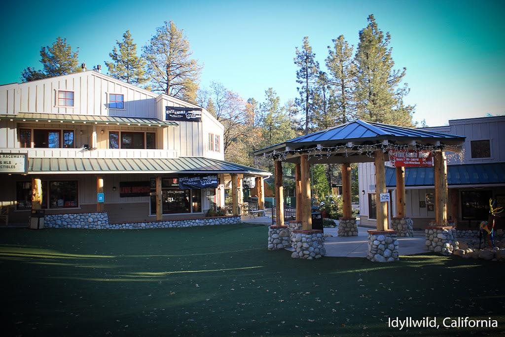 2Brooks Vacation Cabin - lodging  | Photo 1 of 10 | Address: 26098 Tahquitz Dr, Idyllwild, CA 92549, USA | Phone: (951) 468-4154