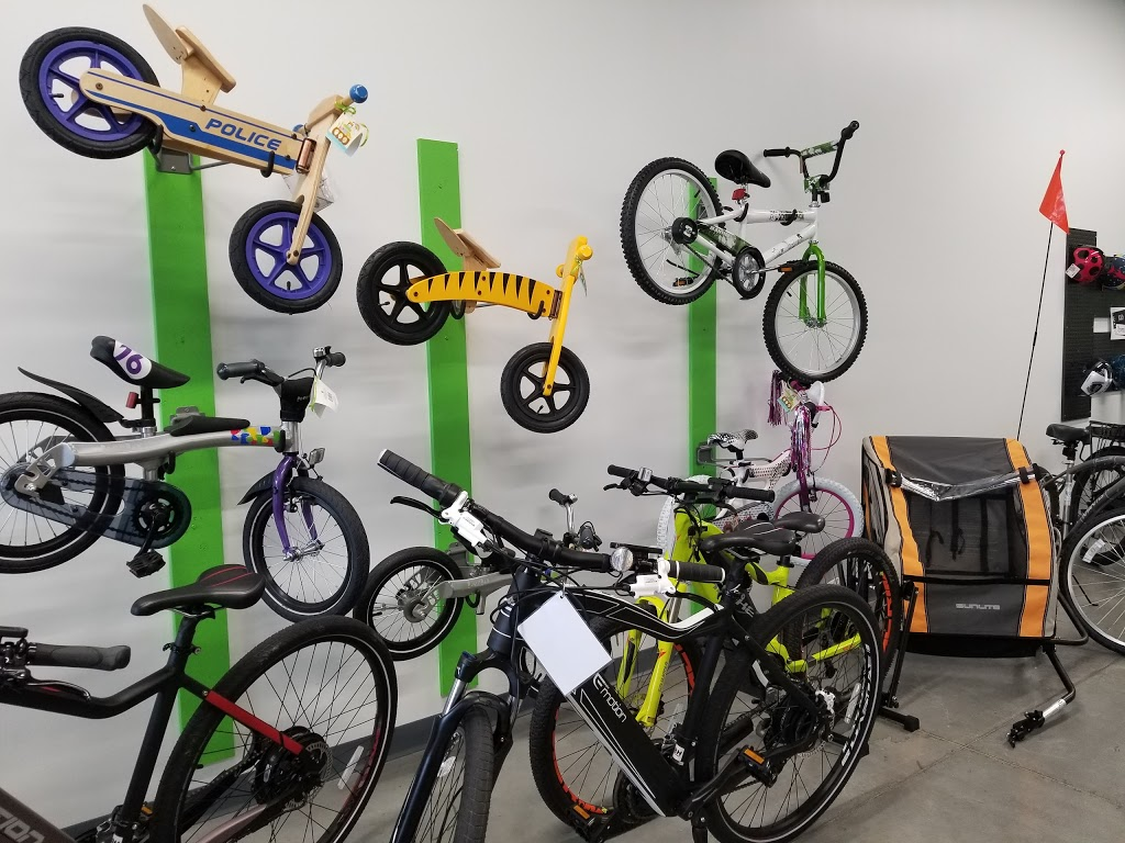 eBoom Electric Bikes - bicycle store  | Photo 7 of 10 | Address: 6 S Main St, Whitestown, IN 46075, USA | Phone: (317) 340-4156