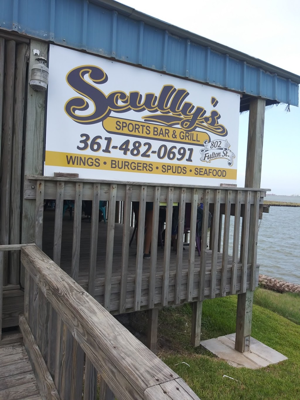 Scullys Sports Bar & Grill - restaurant  | Photo 3 of 10 | Address: 802 Fulton St, Port Lavaca, TX 77979, USA | Phone: (361) 482-0691