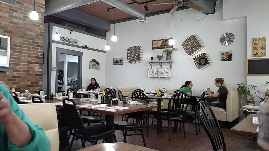 Hinckley Cafe - cafe  | Photo 1 of 8 | Address: 116 E Lincoln Ave #1, Hinckley, IL 60520, USA | Phone: (815) 286-7081