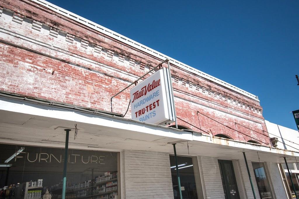 Hensel True Value Hardware - hardware store  | Photo 1 of 10 | Address: 242 Main St, Rosebud, TX 76570, USA | Phone: (254) 583-7514