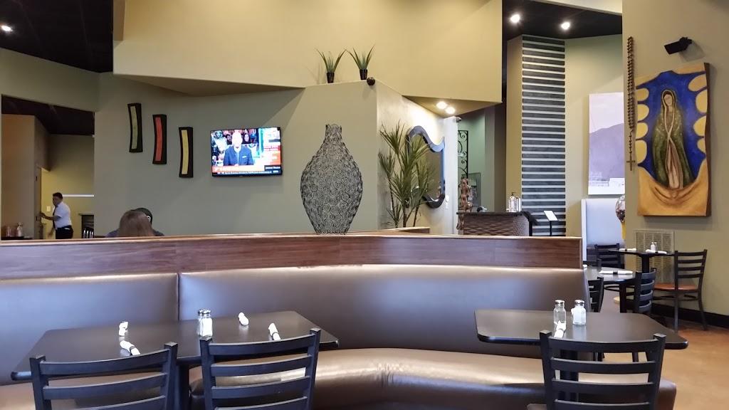 Dos Chiles Grandes - restaurant  | Photo 2 of 10 | Address: 105 Lake Rd, Bridgeport, TX 76426, USA | Phone: (940) 683-6566