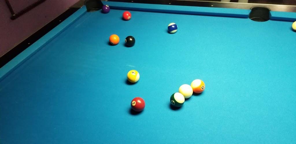 Beaus Billiard Bowling & Arcade - bowling alley  | Photo 10 of 10 | Address: 100 Village Rd, Port Lavaca, TX 77979, USA | Phone: (361) 552-2667