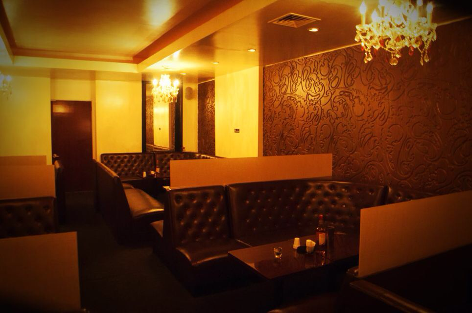 Club Wyn   night club   238 E 53rd St, New York, NY 10022, USA   2128299190 OR +1 212-829-9190