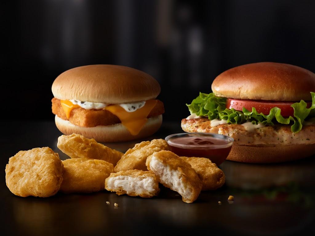 McDonalds - cafe  | Photo 6 of 10 | Address: 103 N Main St, Lumberton, TX 77657, USA | Phone: (409) 755-3722