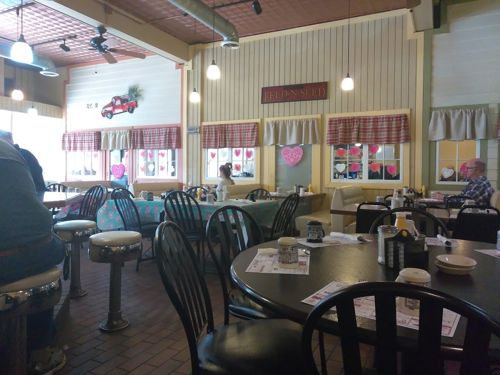 Hinckley Cafe - cafe  | Photo 4 of 8 | Address: 116 E Lincoln Ave #1, Hinckley, IL 60520, USA | Phone: (815) 286-7081