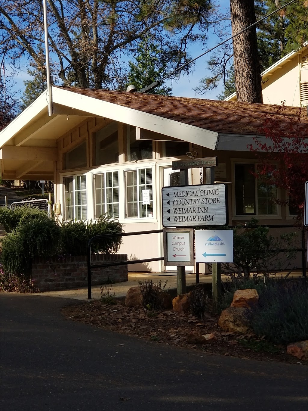 Weimar Family Care - doctor  | Photo 1 of 2 | Address: 20601 W Paoli Ln, Weimar, CA 95736, USA | Phone: (530) 637-4025