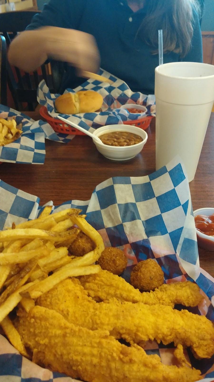 Legends Old Time Burger Cafe - restaurant  | Photo 8 of 10 | Address: 1630 S Jackson St, Jacksonville, TX 75766, USA | Phone: (903) 589-6704