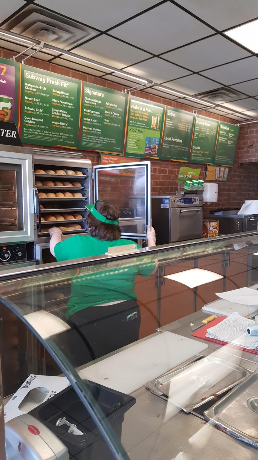 Subway Restaurants - restaurant    Photo 10 of 10   Address: 109 W Ovilla Rd, Red Oak, TX 75154, USA   Phone: (972) 230-7850