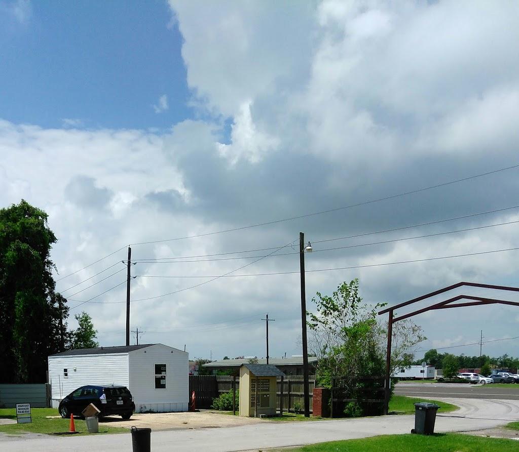 Dayton Village Mobile Home Park - lodging  | Photo 3 of 4 | Address: 701 TX-146, Dayton, TX 77535, USA | Phone: (713) 410-6565