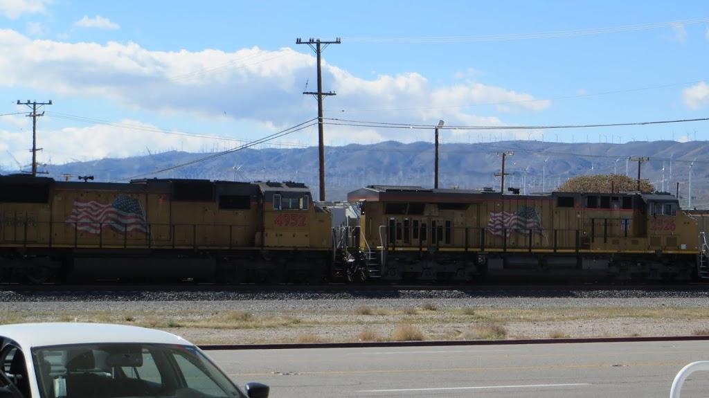 Shell - car wash  | Photo 4 of 10 | Address: 16048 Sierra Hwy, Mojave, CA 93501, USA | Phone: (661) 824-2355