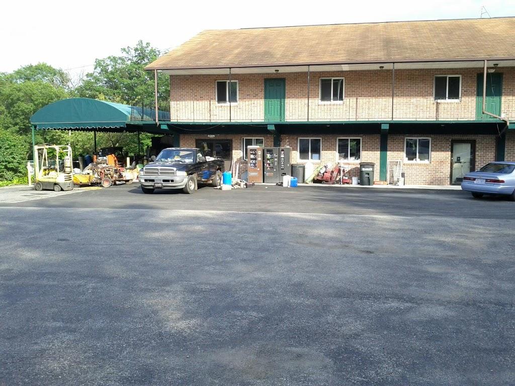 EconoStay Inn - lodging  | Photo 10 of 10 | Address: 209 Kestrel Dr, Mt Pocono, PA 18344, USA | Phone: (570) 243-4600