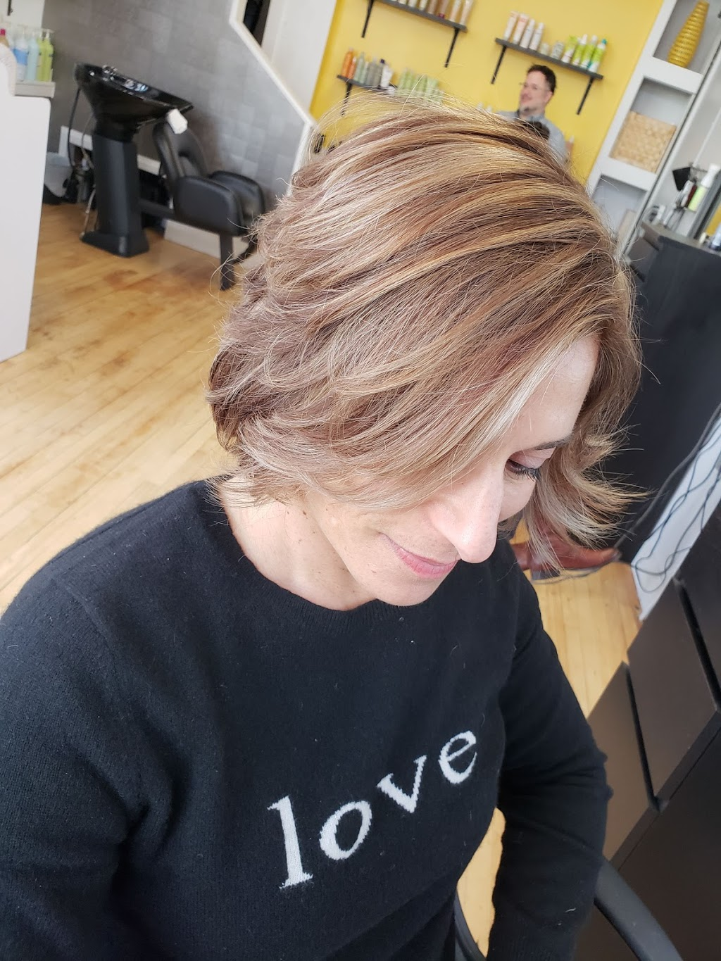 The Hive Hair Studio - hair care    Photo 5 of 5   Address: 153 Nicoll St, New Haven, CT 06511, USA   Phone: (203) 691-7334