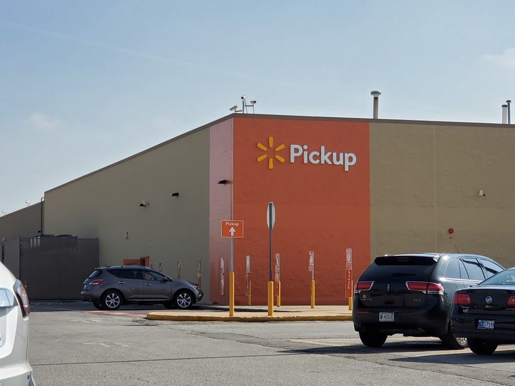 Walmart Supercenter - department store  | Photo 5 of 10 | Address: 2304 Lincolnway E, Goshen, IN 46526, USA | Phone: (574) 534-4094