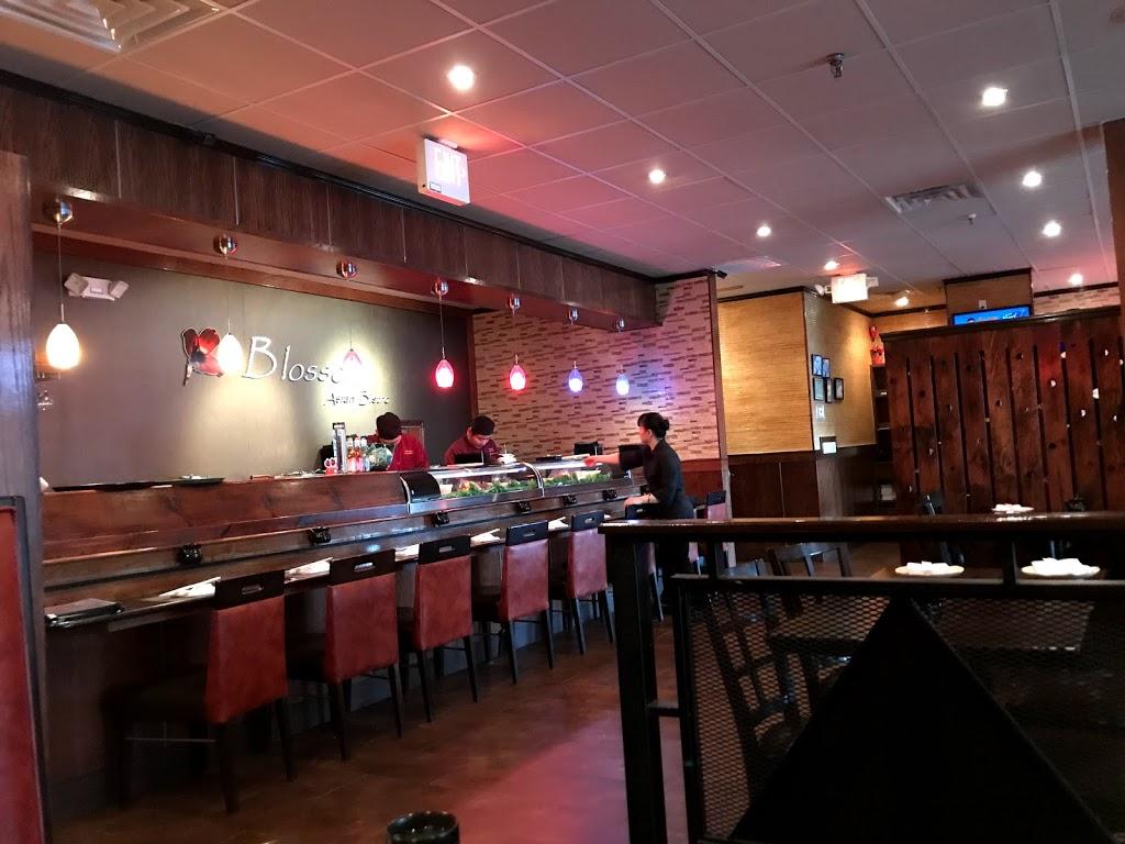 Blossom Asian Bistro - restaurant  | Photo 4 of 10 | Address: Packanack Shopping Center 1490 Rt 23 N, Wayne, NJ 07470, USA | Phone: (973) 628-9020