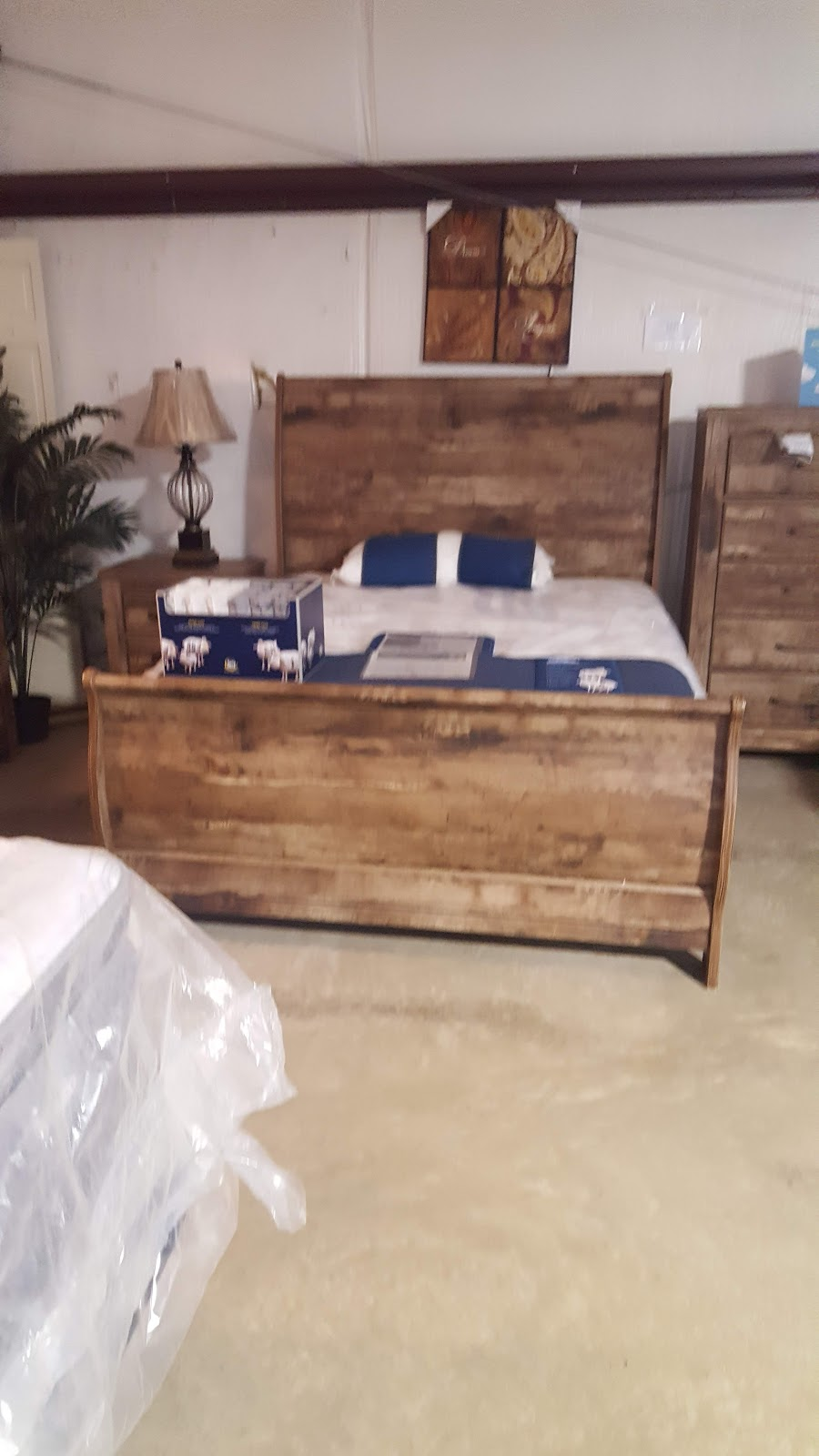 M & M Freight - furniture store    Photo 4 of 8   Address: 2041 S Broadway St, Sulphur Springs, TX 75482, USA   Phone: (903) 439-2939