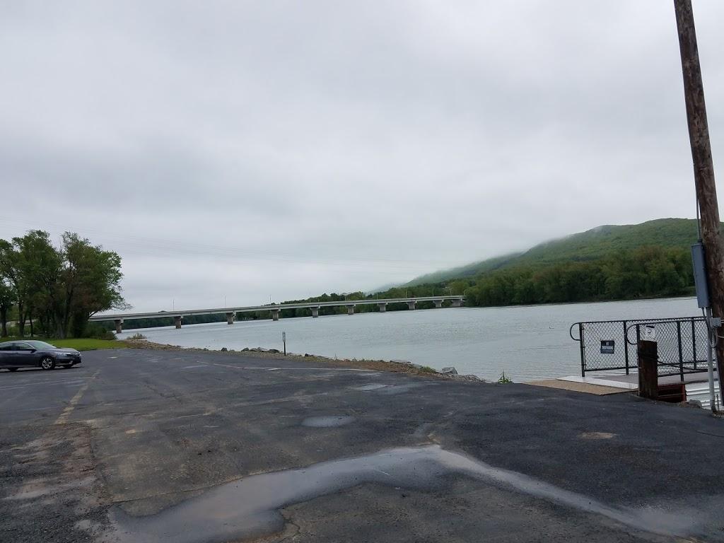 Hiawatha Paddlewheel Riverboat - travel agency  | Photo 8 of 10 | Address: 2205 Hiawatha Blvd, Williamsport, PA 17701, USA | Phone: (570) 326-2500