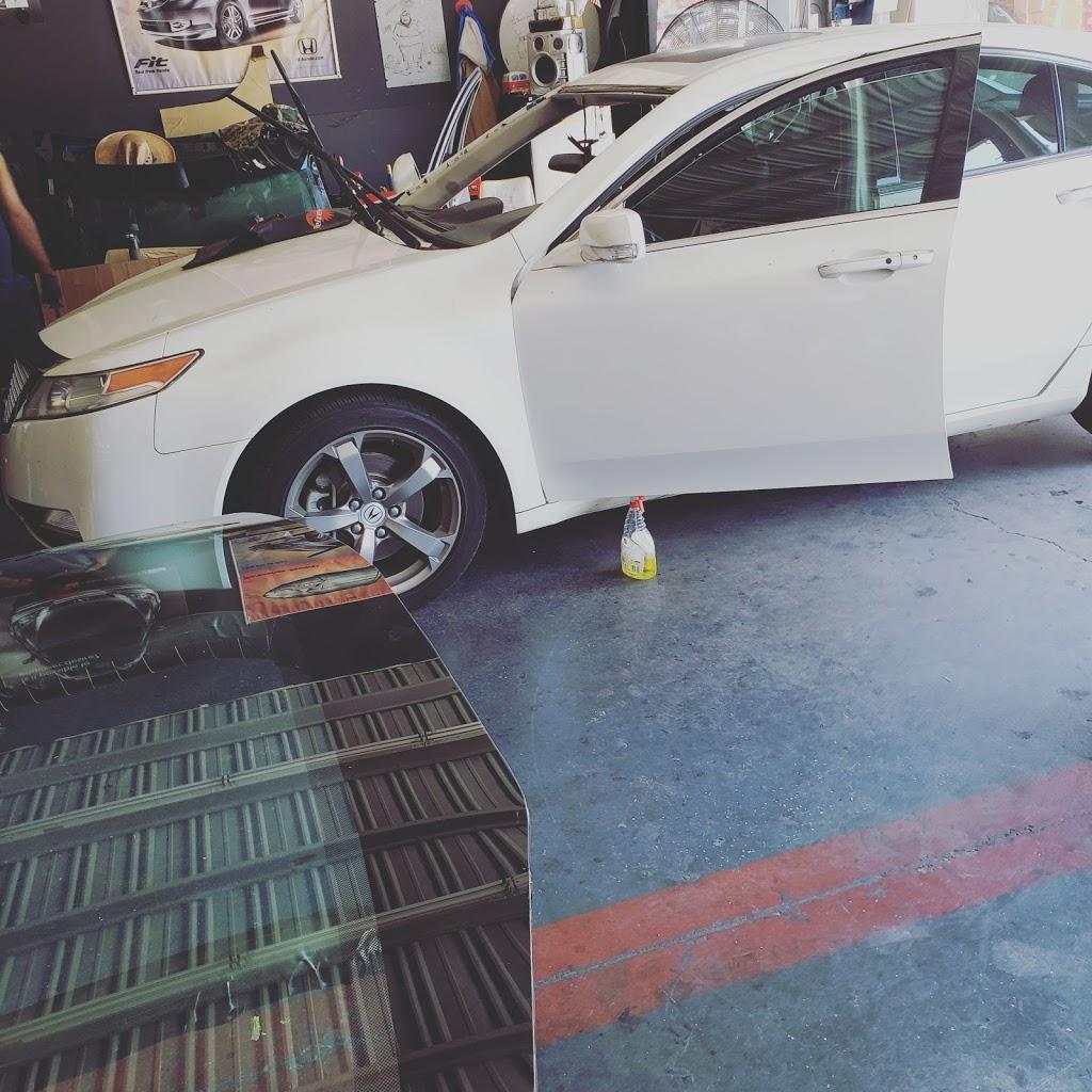 GTO Auto Glass - car repair  | Photo 4 of 10 | Address: 1001 N Mission Rd, Los Angeles, CA 90033, USA | Phone: (800) 655-9623