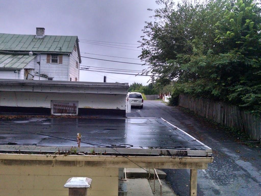 Zooks Motel - lodging  | Photo 9 of 10 | Address: 103 E Main St, Leola, PA 17540, USA | Phone: (717) 656-3313