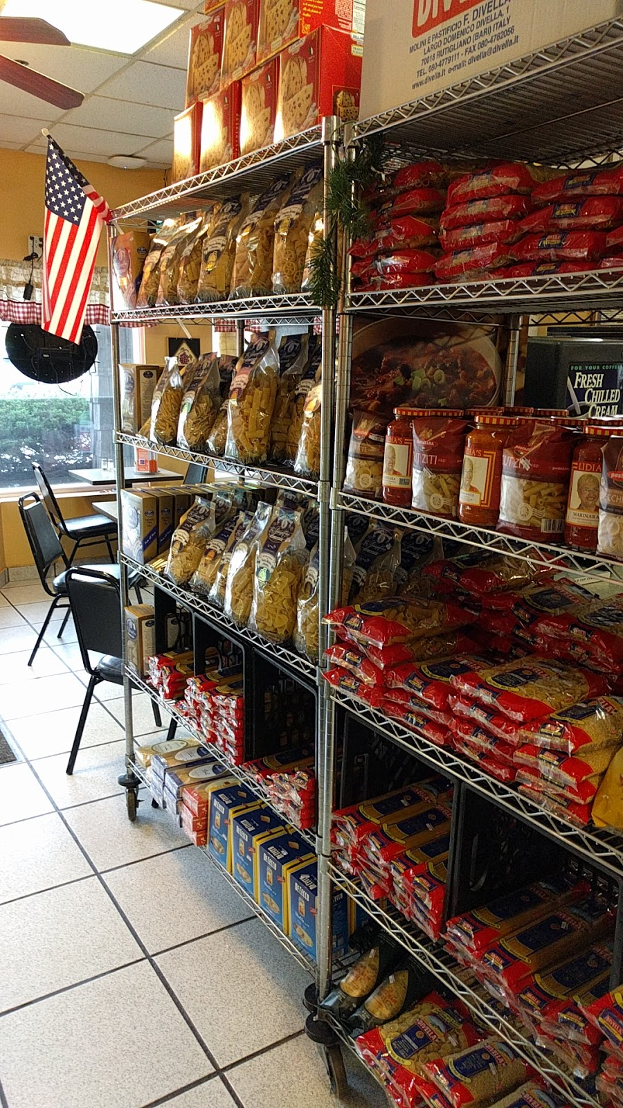 Villa Doro Italian Deli and Bakery - bakery  | Photo 2 of 5 | Address: 24 Old Albany Post Rd, Croton-On-Hudson, NY 10520, USA | Phone: (914) 862-0684