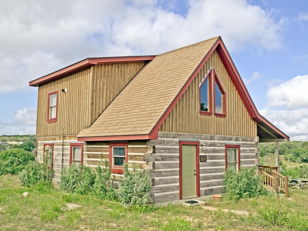 Agarita Creek Farms - lodging  | Photo 4 of 10 | Address: 968 Braeutigam Road, Fredericksburg, TX 78624, USA | Phone: (830) 992-5283