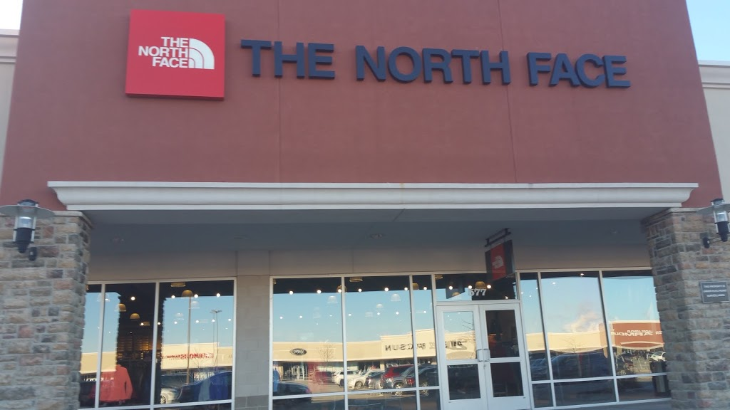 The North Face Outlet - clothing store    Photo 6 of 10   Address: 11601 108th St Spc 577, Pleasant Prairie, WI 53158, USA   Phone: (262) 857-1188
